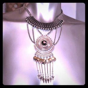 NWT Sole Society stunning neck piece
